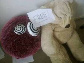 ALL FREE. TOYS AND TEDDIES