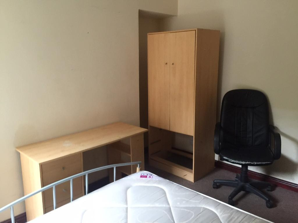 Double rooms Brynmill