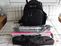 LARGE QENTIS CAMERA BAG PLUS QENTIS TRIPOD BOTH ARE BRAND NEW
