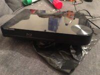 Samsung bd-f5100 blu ray player