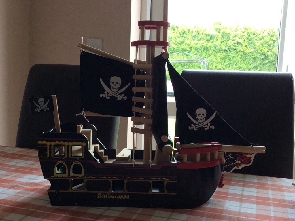 Wooden pirate shipimmaculate conditionin Wisbech, CambridgeshireGumtree - Childs wooden pirate ship with moveable parts for imaginative play. Great condition