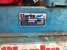 CLARKE AIR INDUSTRIAL HONDA 5.5HP POWERED COMPRESSOR