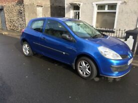 Ideal first car, excellent condition, alloy wheels, brand new kenwood CD player with USB port.
