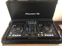 PIONEER XDJ-RX WITH PIONEER FLIGHT CASE
