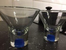 4 shot glasses 2 designs