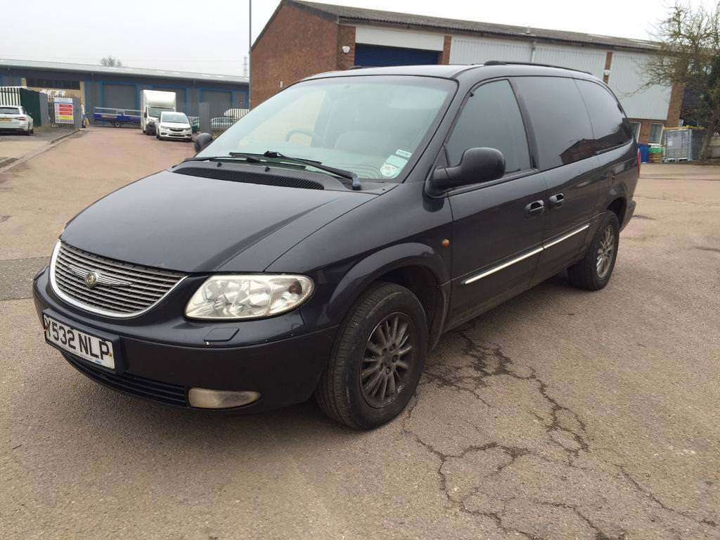 2001 CHRYSLER GRAND VOYAGER CRD LIMITED 2.5 TURBO DIESEL 140 BHP MOT JUNE  2018 2 X