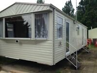 REDUCED ! VERY SPACIOUS 2 BED HOLIDAY HOME-CARAVAN FOR SALE ESSEX