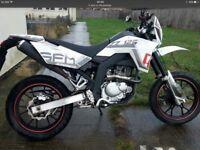 Sfm zz 125 cc ,2015 , same as pulse adrenaline Sinnis apache ,