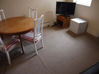 Double and single rooms Gillingham Road