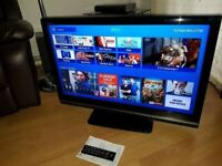 """32"""" TOSHIBA FULL HD FREEVIEW BUILT IN LCD TV WITH STAND & REMOTE CONTROL"""