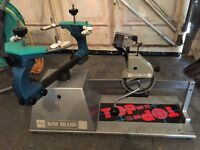 Racquet stringing machine Bow brand with instructions, tools and lots of string. In