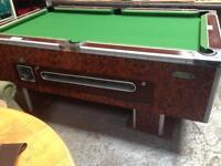 Pool table pub style