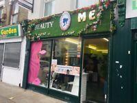 Beauty room/ manicure space/ whole salon