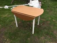 Drop leaf table.