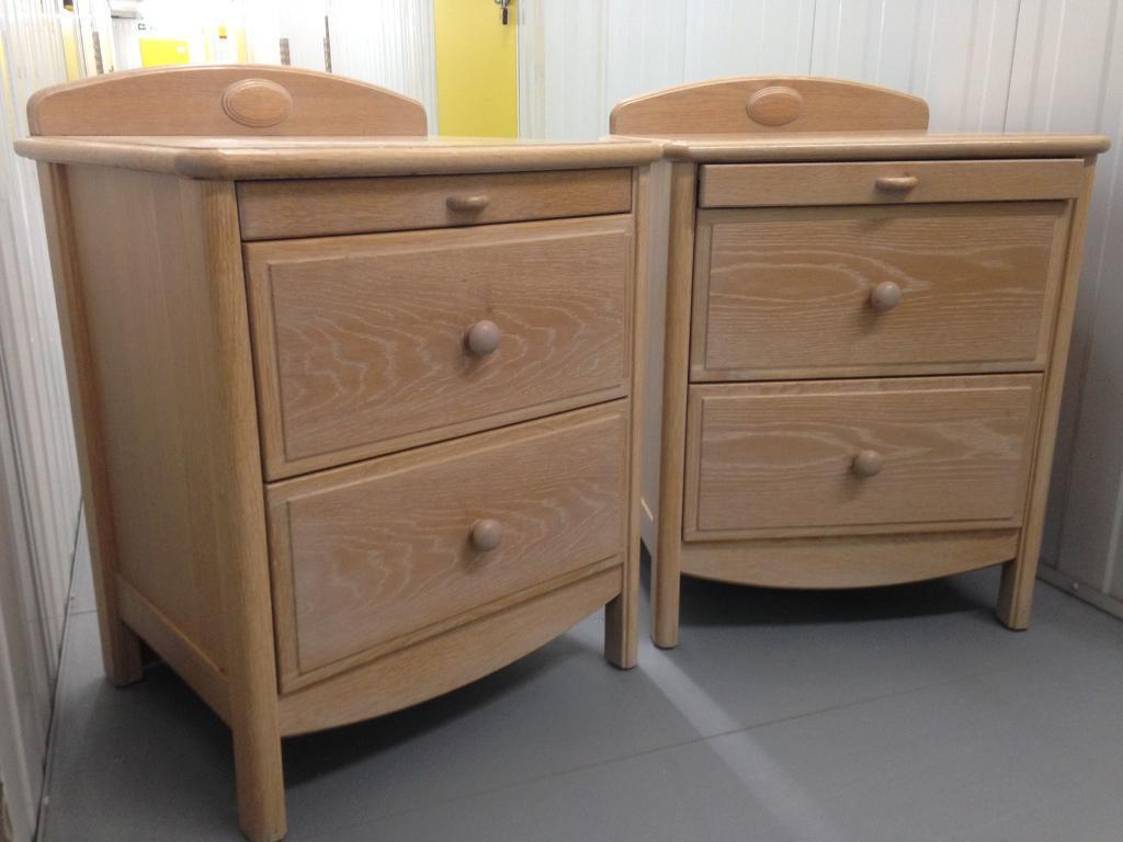 Pair Large Stag Oak Bedside Cabinets Chest Drawers With