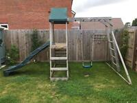 Mini fort climbing frame