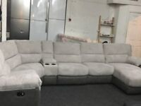 New/Ex Display Arlington Right Hand Facing Recliner Corner Group With Chaise & Media Tray