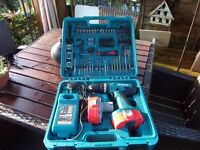 makita 18v drill and acceserys