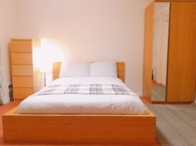 Spacious double bedroom to share