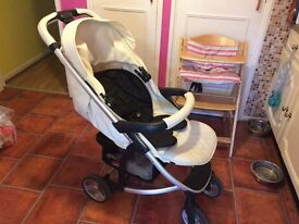 Cream buggy, suitable from birth, lovely and light to push,has slight marks on handle