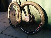 "Mountain Bike / Commuter 26"" Puncture Proof Bike Wheels like new"