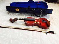 Stentor 1/4 Violin plus case. In good condition