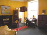 A Very Large Double Room + a Cozy Room (South Clerk Street) for Holiday Rental and Festival Let