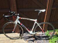 LOOK! Full ULTEGRA 6800 -Trek MADONE-CARBON fibre-RPP £2800-with EXTRAS-L-Road bike-bicycle