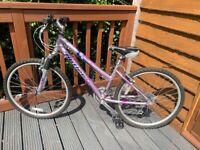 """Claud Butler Pinelake Ladies Mountain Bike 15"""" (Small) Frame"""