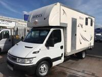 2006 06 IVECO DAILY 3.5 T HORSEBOX DRIVE ON CAR LICENSE CARRIES 2 HORSES STUNNING RARE BOX BARGAIN !