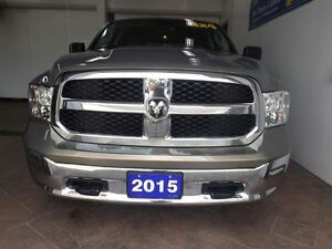 2015 Ram 1500 SLT 4X4 CREW CAB 5.7L Kitchener / Waterloo Kitchener Area image 10