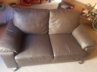 Second hand leather sofa - very sturdy, in great condition