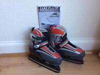 Kids ice skates, size 2-4 (adjustable)