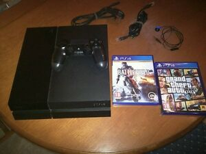 Like New 500GB PlayStation 4 With Games!