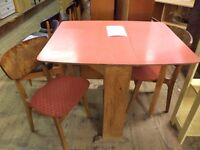 [SLC1/266] Retro formica-topped drop-leaf table & 2 chairs W 21cm (ext 90cm] x B 75cm x H 76cm