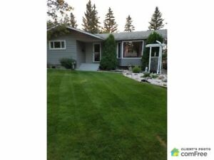 $369,900 - Bungalow for sale in St. Albert