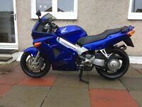 Honda VFR 800 FI w reg immaculate condition
