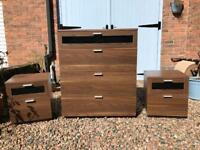 Chest of drawers and 2 bedside cabinets tables excellent condition
