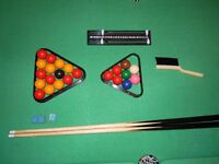 """6'x 2'6"""" pool/snooker table"""