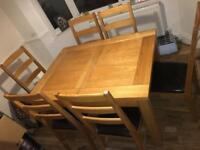 Solid Oak Extending Table (Inc 6 Chairs)