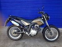 IMMACULATE 2016 DERBI SENDA 125 SM CITY CROSS SUPERMOTO, QUALITY ITALIAN MOTORBIKE , HPI CLEAR