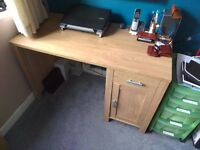Wood effect desk. Very good condition.