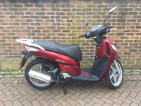 Honda sh 125cc Full logbook one year mot £895 ono