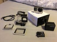 GoPro HERO 4 Silver + EXTRA Battery and Dual Charger (Perfect condition)