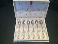 Afternoon tea cake spoons