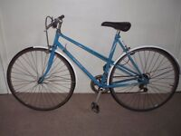 "Classic/Vintage/Retro Ladies/Womens Falcon Monaco 21"" Commuter/Town/Hybrid Bike (will deliver)"