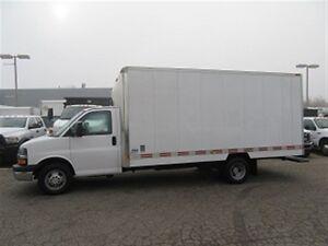 2010 Chevrolet Express 3500 16 1/2 ft custom gas cube van X 3