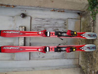 Saloman junior slalom carver X 8 year old Granddaughter good condition few scratches
