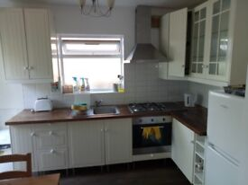 SUPERB THREE BEDROOM MAISONETTE TO LET TO A FAMILY ONLY IN WEST EALING W13 . No DSS and pets.
