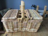 Large Harrods picnic basket, BS5